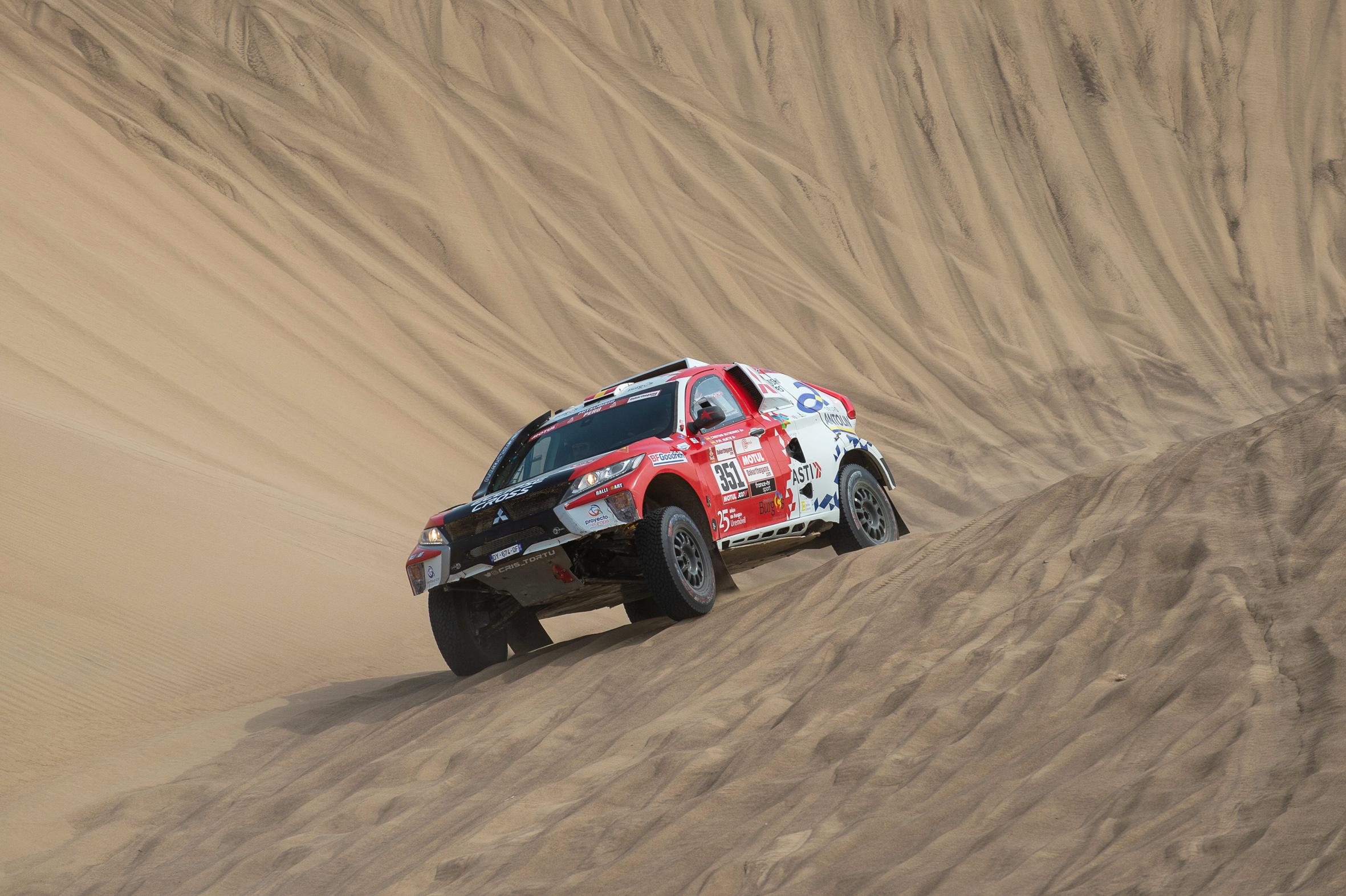 Гонщица Кристина Гутьеррес на Mitsubishi Eclipse Cross Т1 успешно финишировала на ралли Дакар 2019