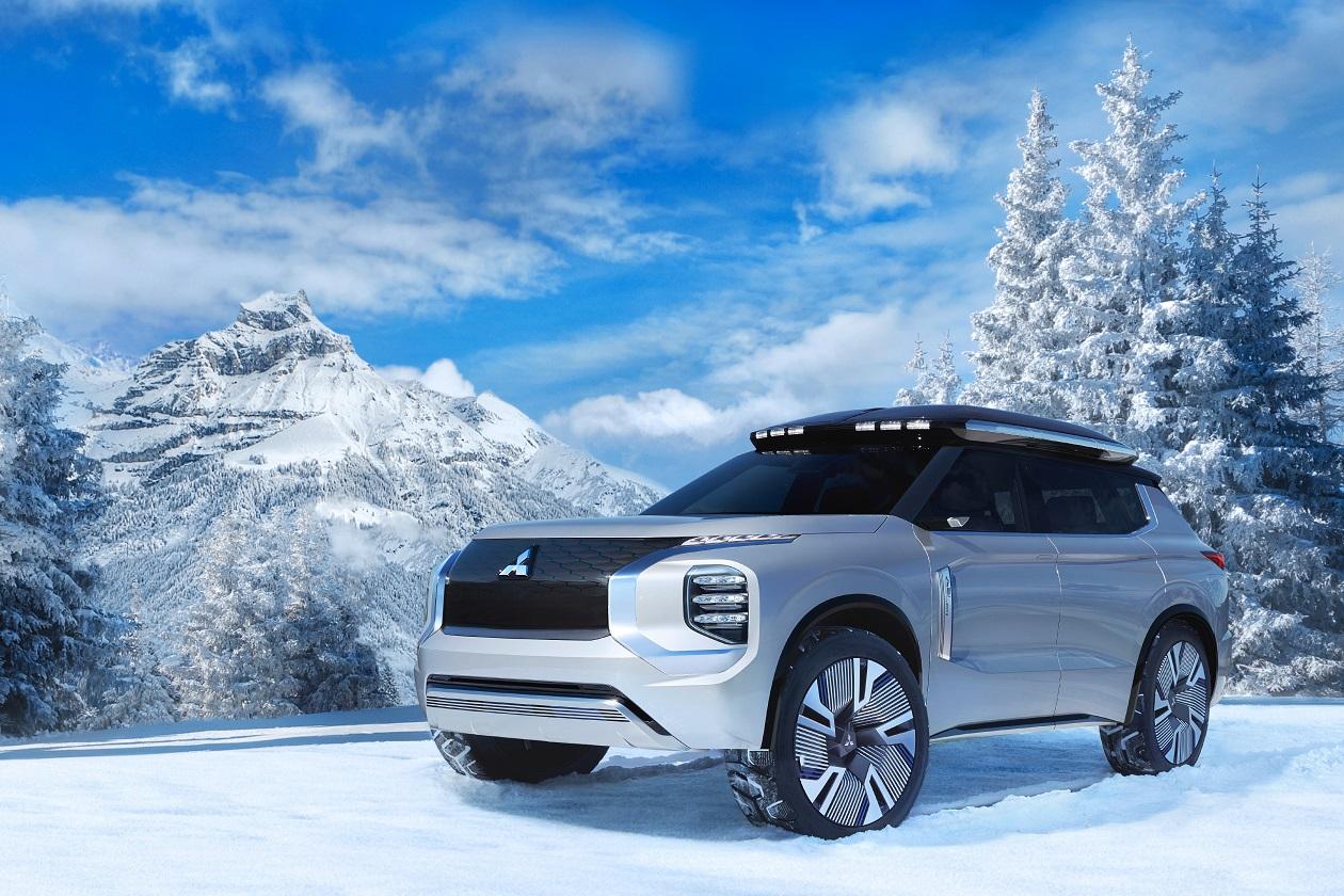 Mitsubishi Motors представила мировую премьеру Mitsubishi ENGELBERG Tourer