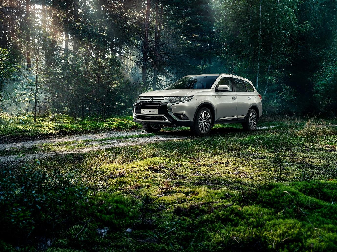Mitsubishi Outlander в России.  История успеха длиною в 250 000 автомобилей